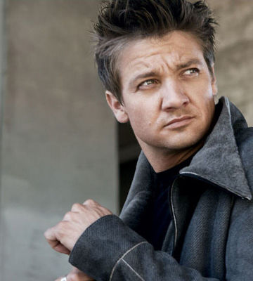 jeremy renner abs timb...