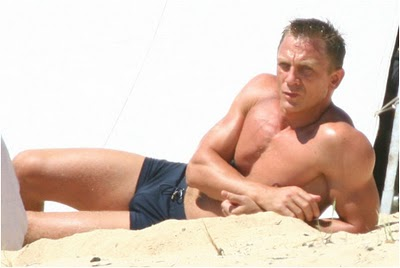 daniel-craig-quantum-of-solace-body