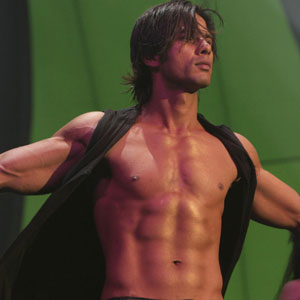 Shahid Kapoor's eight pack abs
