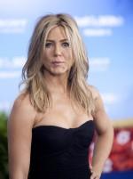 Jennifer Aniston Workout Routine & Diet Plan