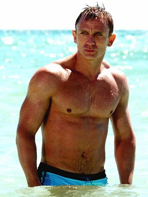 Daniel-Craig-James-Bond-body1