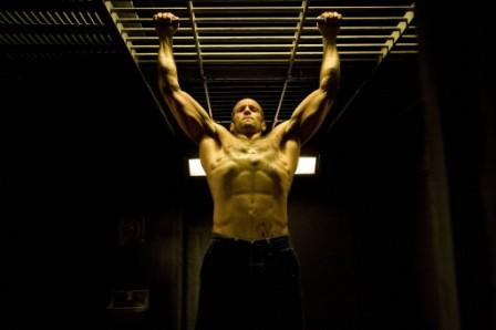 jason-statham-body-muscles