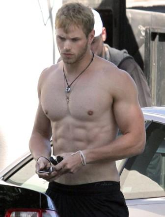 Kellan-Lutz-body in twilight