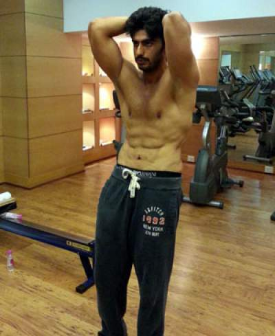 Arjun Kapoor Workout at gym