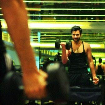 Jackky Bhagnani Workout at gym