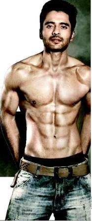 jackky bhagnani eight pack abs