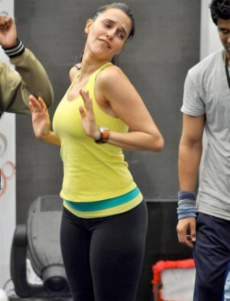 Neha Dhupia workout