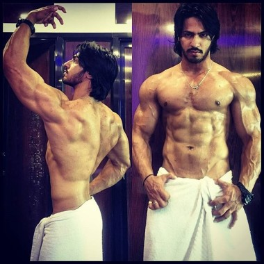 Thakur Anoop Singh Body