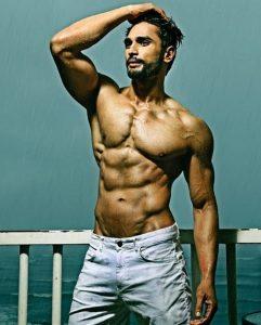 Rohit Khandelwal Body
